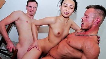 REIFE SWINGER - Sexy Oriental babe Mai N. bangs two cocks in wild German MMF threesome