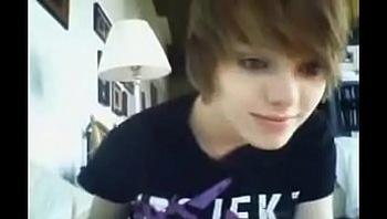 Beautiful teen webcam on nowcamgirls.com