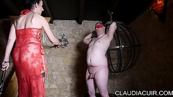 video maitresse dominatrice claudiacuir seance bdsm au club libertin le romantic