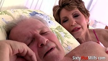 Big-ass granny gets fucked in doggy