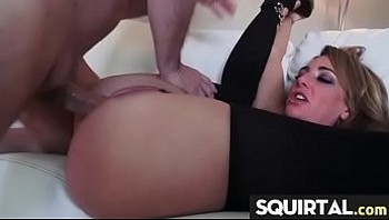 Teen s Gushing Pussy 29