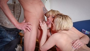 REIFE SWINGER - Granny receives hardcore pussy penetrations