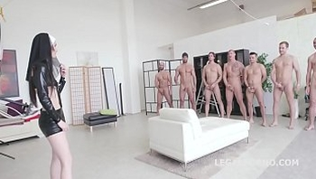 Incredible Video!! Super Model Crystal Greenvelle 7on1 Double Anal GangBang