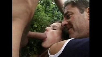 polish girl anal in garden