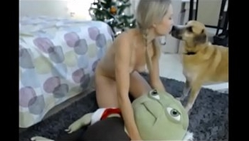 Girl from INSTASEXCAM.COM plays with her stuffed animal