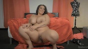 Esposa Tamanho XXL / Extra Sized Wife