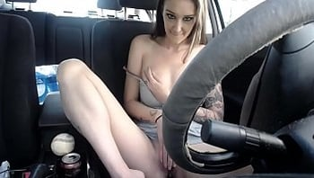 First time squirting in car in public