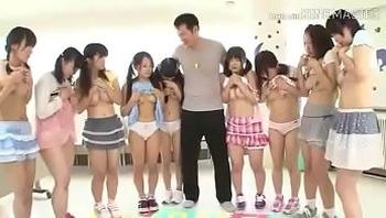 Multiple teen lolitas 1 old man orgy watch full video here http://dapalan.com/YJh
