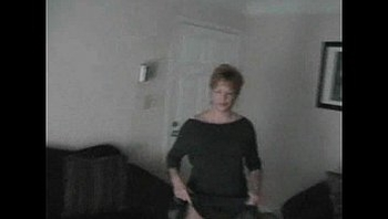 Mature amateur housewife sucks and fucks younger BF