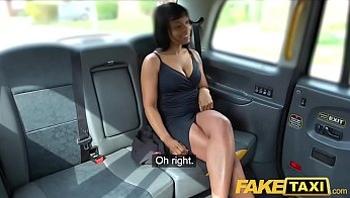 Fake Taxi Ebony horny beauty Lola Marie tests cabbies stamina faketaxi