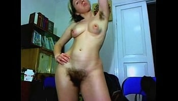 Hairy girl from BangOnCams.com