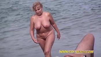 Nude Beach Voyeur Amateur Babes Public Spy Beach Video