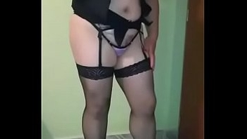 Mi esposa exhibisionita vestida de puta sexy