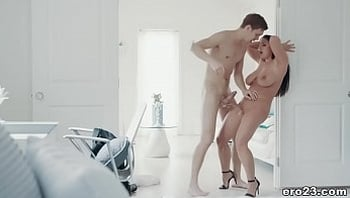 Hardcore pussy fucking with a squirter pornstar