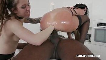 Big black cocks make Veronica Avluv & Monika Wild piss & squirt during fist fuck