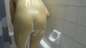Soapy Sweet Ass Voyeur Video From www.unluckylady.com