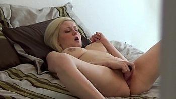 Step Sister Gets Caught Masturbating (FULL VERSION)