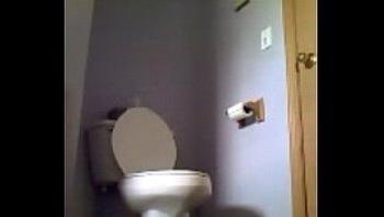 toilet voyeur pee spy