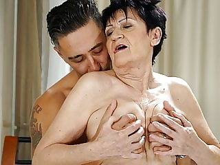 Nasty Granny still looking for younger dicks