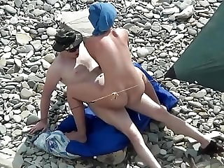 Nude Beach Blowjob and Fuck