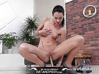WetandPissy - Sexy girl peeing