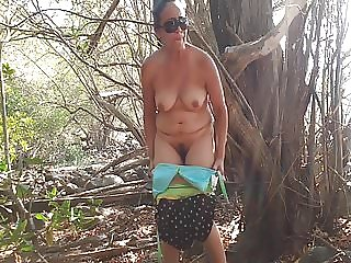 HAIRY AND PISSING ON THE BEACH