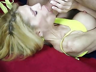 HORNY COUPLE 2