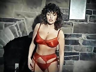 LOOKING FOR A GOOD TIME - vintage lipsynch stockings dance