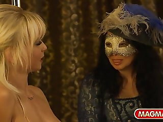 German star strips for private mascarade swingers club