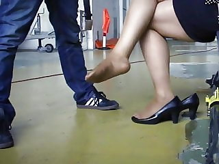 Nylon feet fun in helicopter hall