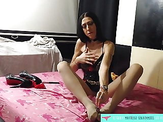 Tights and dildo footjob - French Amateur