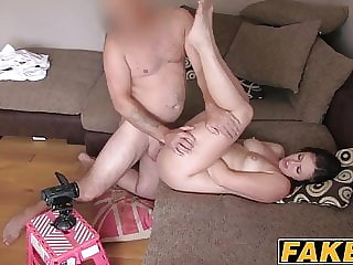 Dick loving girl gets her face covering in jizz after sex