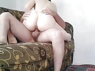 Turk yavru kucakta