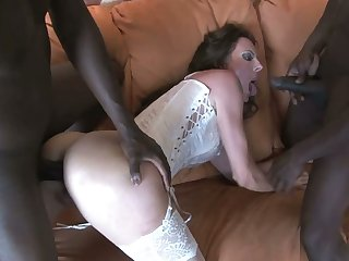 Dumpy white harlot in sexy stockings gets gangbanged by crowd of hot black studs