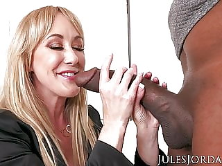 Jules Jordan - Brandi Love Interracial With Dredd!