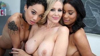 Lesbian Honey Gold, Jenna Foxx and Julia Ann