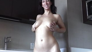 Sarah Jessie shows off her big tits!