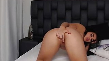 Sofia Sweety masturbating on camshow P3(link in description)