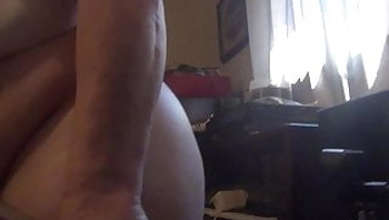 ass on webcam causes big load.