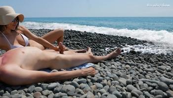 Young Stranger made Hot Handjob on a Wild Nude Beach, Public Dick Massage