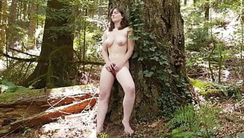 Naughty Yanks Raven Masturbating Outdoors