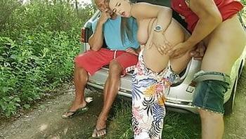 HUNT4K. Brutal man sells his GFs vagina to rich man